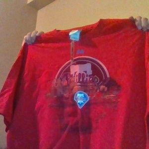 Philadelphia Phillies Majestic shirt New with Tags